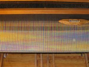 baby-blanket-on-loom