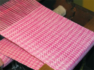 twill pink handwoven scarf