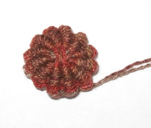 yarn button