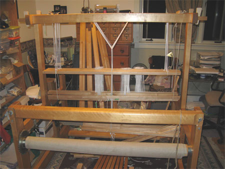 Varpapuu loom, partially set up
