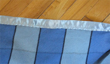blanket with binding