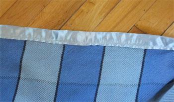blanket with binding