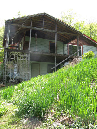 porch with  no railing