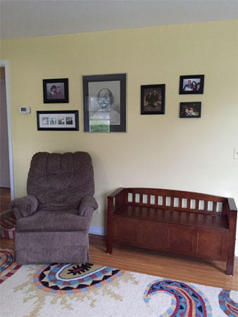 Living room photo wall and seats