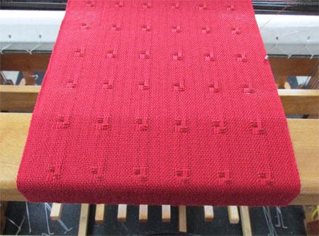 weaving red spots