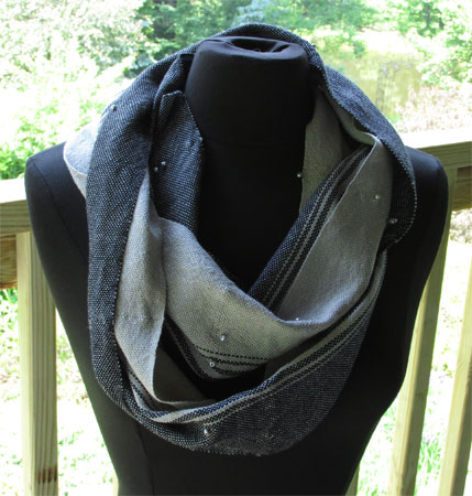 handwoven gray and black scarf