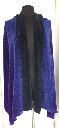 A-H shawl, draped, hunter in front