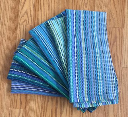 6 bumberet towels