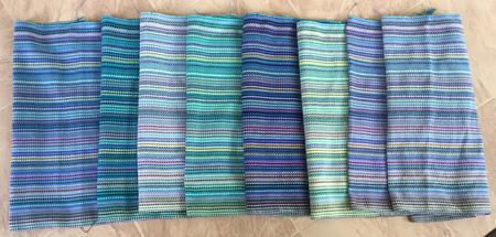 8 bumberet towels