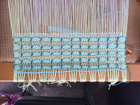 Danish medallions on rigid heddle loom