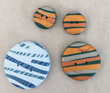 4 striped buttons