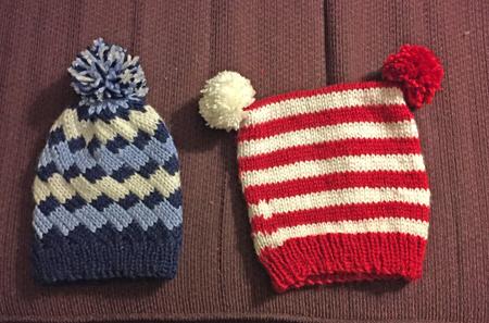 2 knit hats