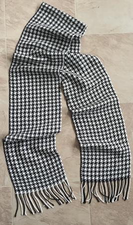 black & white pinwheels scarf