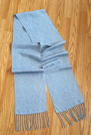 handwoven silver lace scarf