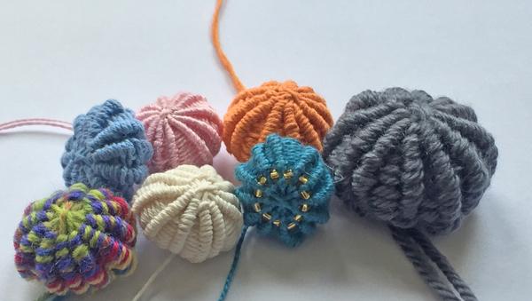 7 yarn buttons